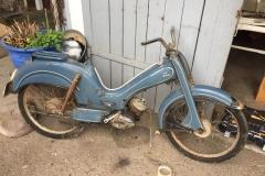 Moped grob gereinigt